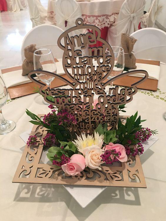 Como decorar centros de mesa para bautizo