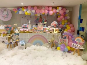 como decorar una fiesta de unicornio
