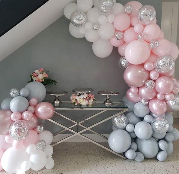 Como hacer un arco de globos de diferentes tamaños
