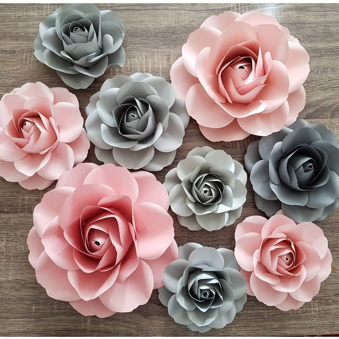 decoracion con flores de papel gigantes