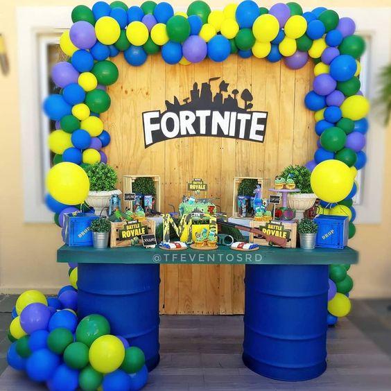 fiesta para hombre tema video juegos