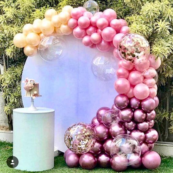 mamparas con arcos de globos