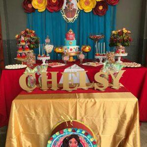 mesa de pastel de fiestas elena de avalor