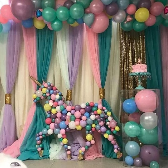 Decoracion con globos técnica mosaico para fiesta