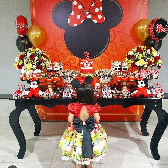 fiesta de minnie mouse rojo y negro
