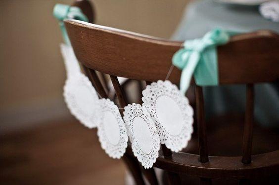 sillas decoradas para bautizos