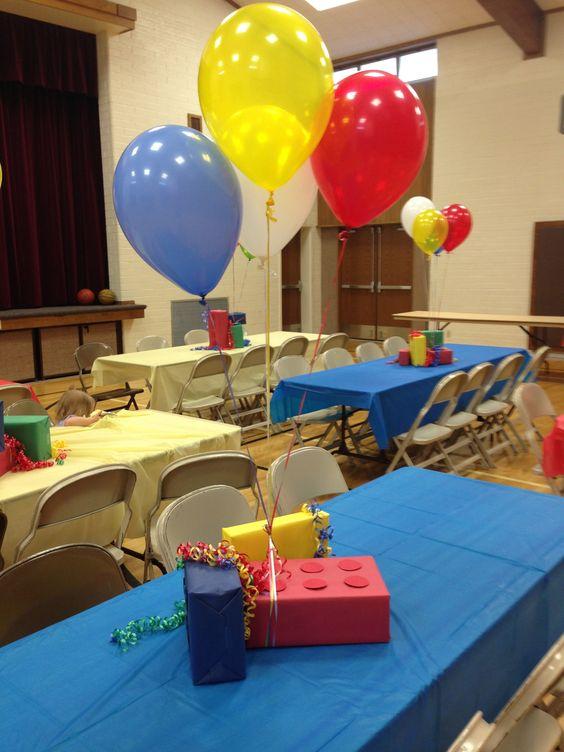centros de mesa con globo tematica de lego