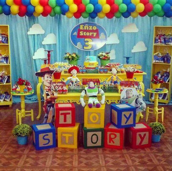 decoración de fiesta tematica de toys tory 4