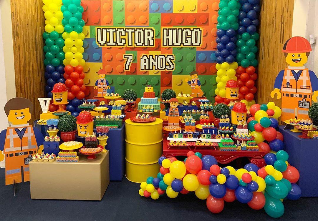 decoracion mesa de postres fiesta de lego para niños