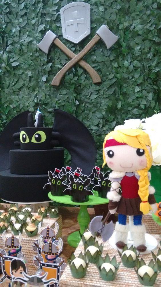mesa de postres para un cumpleaños de como entrenar a tu dragon