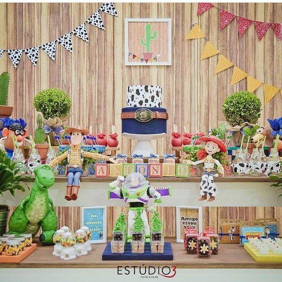 mesa del pastel de Toys tory 4