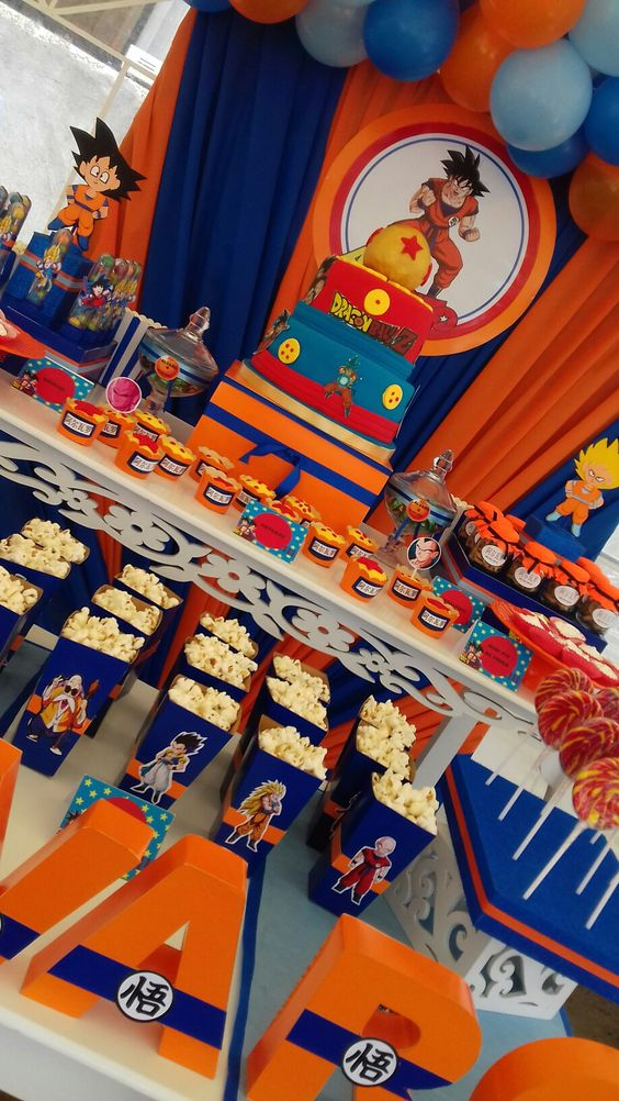 mesa del pastel de dragon ball super broly