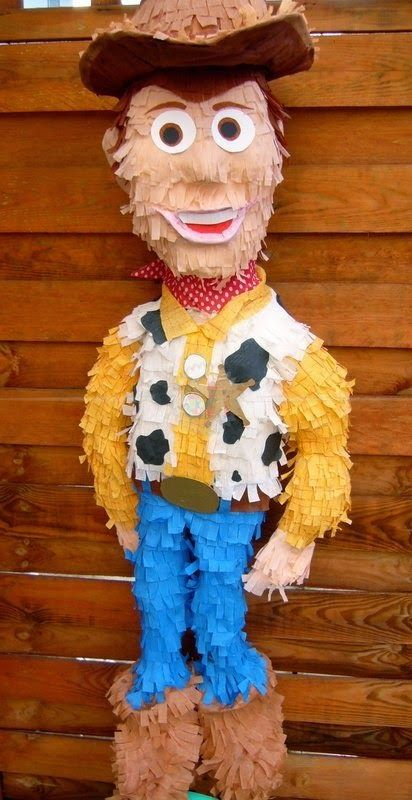 piñata de toys tory 4