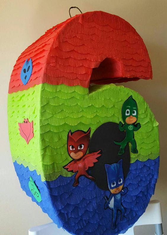 piñatas modernas para fiestas infantiles de numeros para niños
