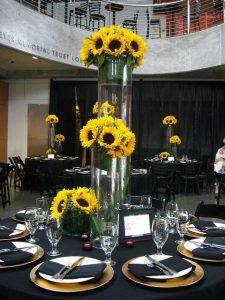 Centros de mesa para quince de tema de girasoles