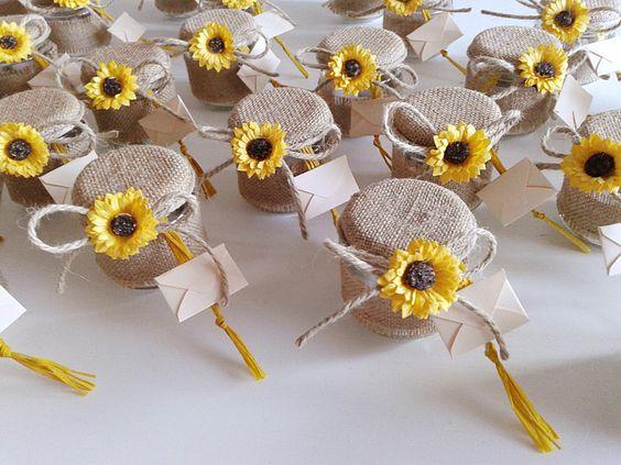 Souvenirs para fiesta de 15 años con tema de girasoles