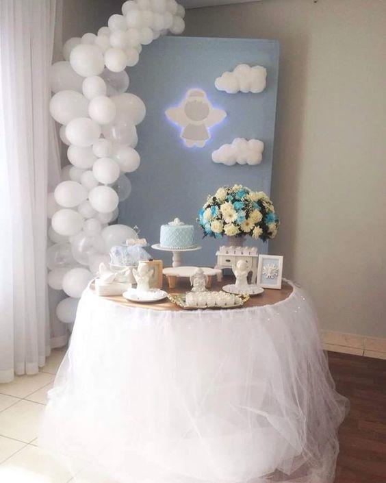 decoracion para bautizo de niño con globos