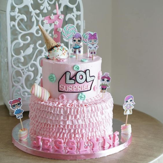 diseños de pasteles modernos para fiestas infantiles con betun para niñas