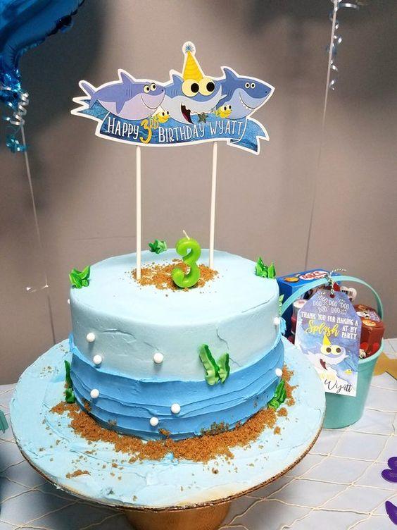 diseños de pasteles modernos para fiestas infantiles con betun para niños