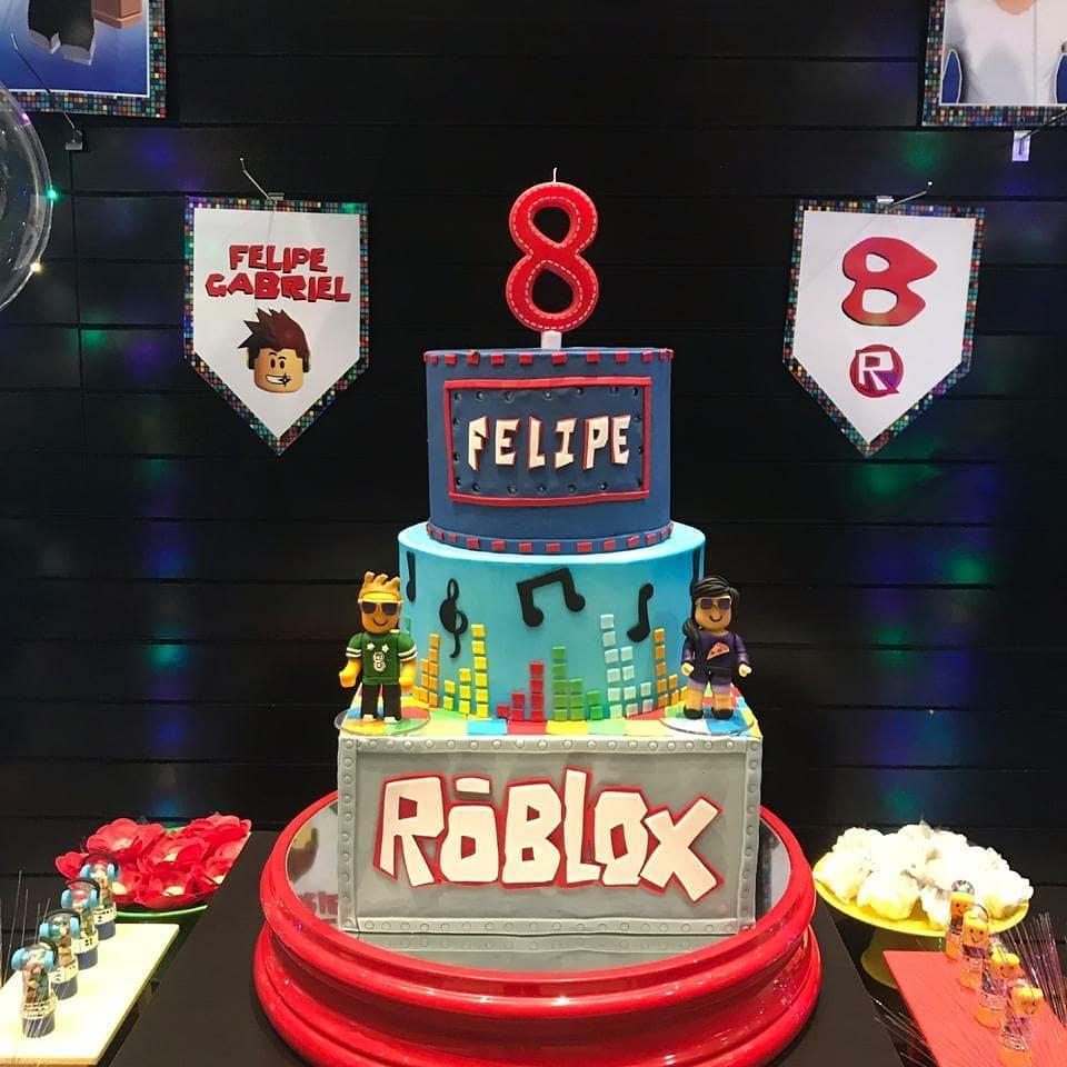 fiesta tematica de roblox para niños pastel