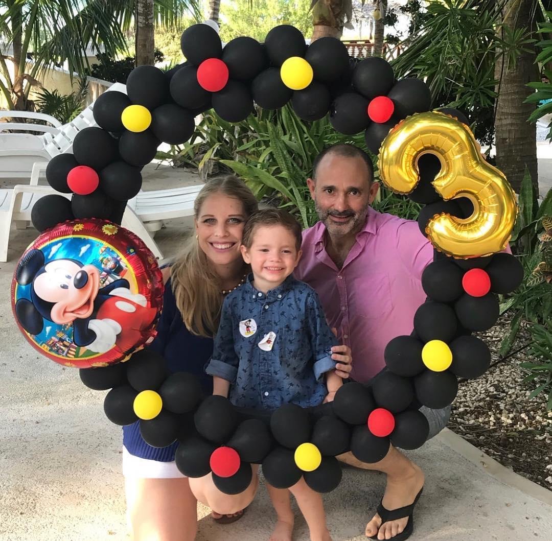 marcos de globos para fiestas de mickey mouse