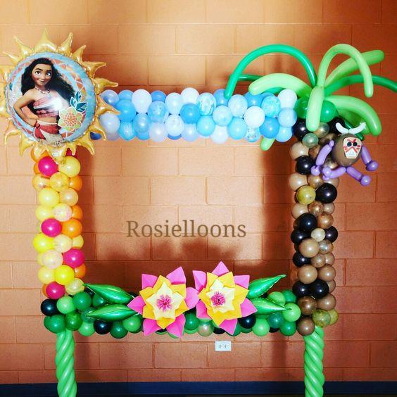 marcos de globos para fiestas de moana