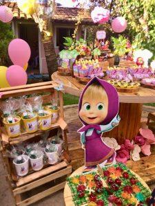 mesa de dulces para fiesta de cumpleaños de Masha y el Oso
