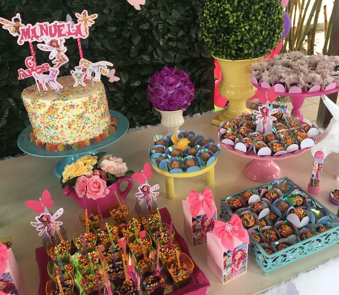 mesa de dulces para fiesta tematica de mia and me