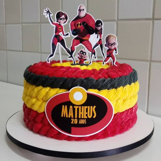 pastel para fiesta de cumpleaños de los Increibles