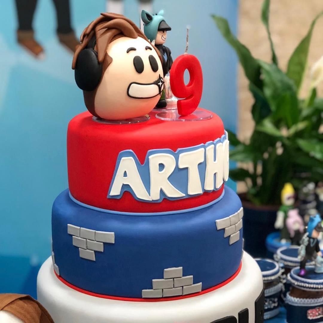 pastel para fiesta tematica de roblox para niños