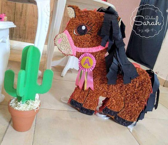 piñata para fiesta de vaquera para niñas