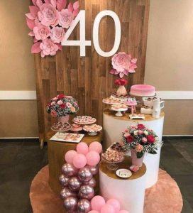 Decoración moderna para un cumpleaños de mujer de 40 años