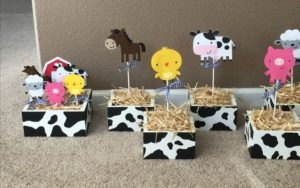 Centros de mesa para cumpleaños de la Vaca Lola