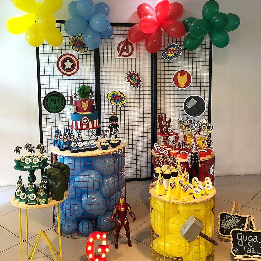 Mesa de dulces para Fiesta de Avengers