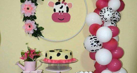 Mesa de dulces para Fiesta de la Vaca Lola