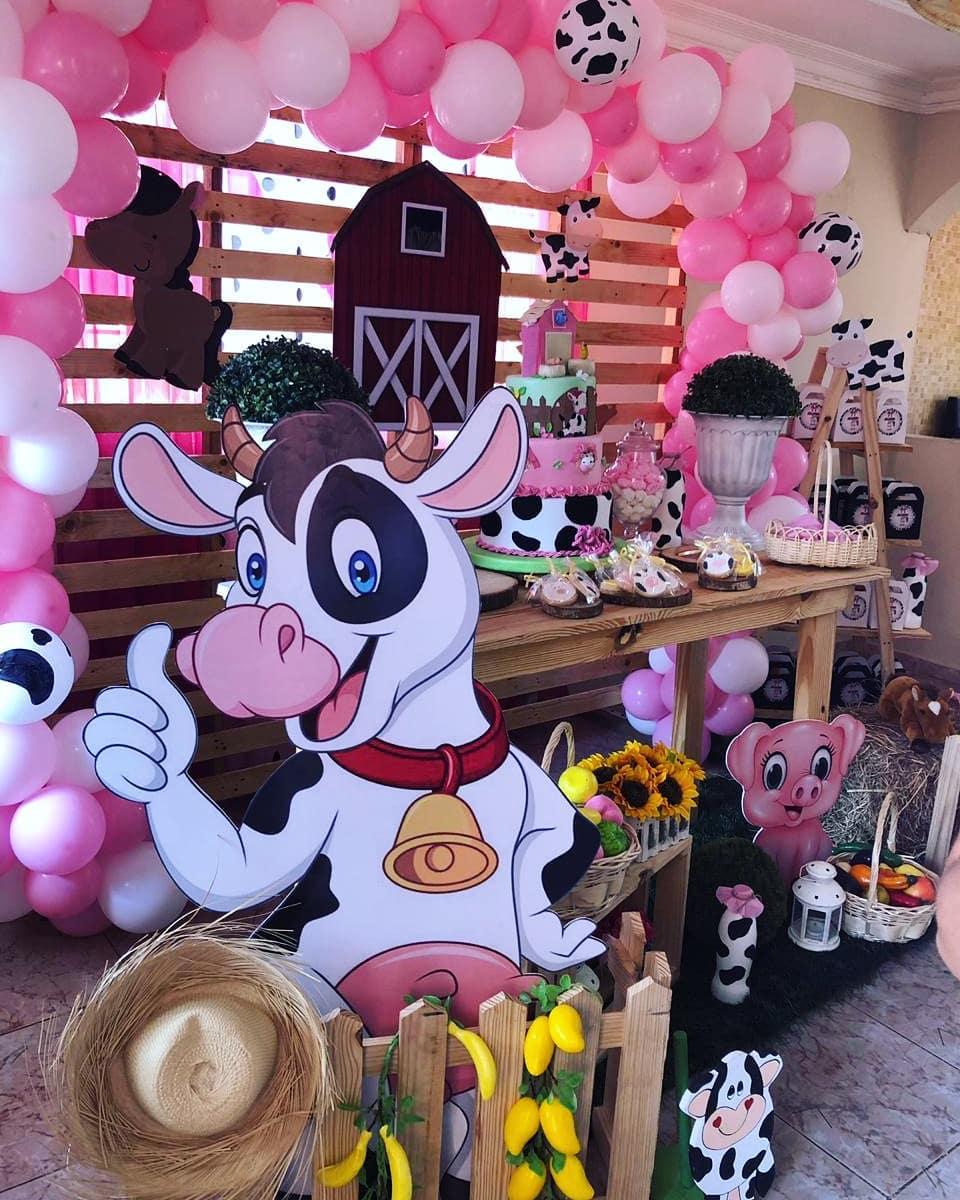 Decoracion fiesta de cumpleaños de la vaca lola