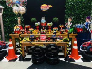 Ideas de cumpleaños fiesta blaze the monster machine