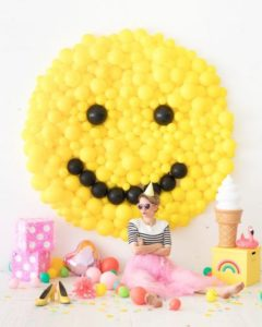 Backdrops para Fiestas tematicas de Emoji