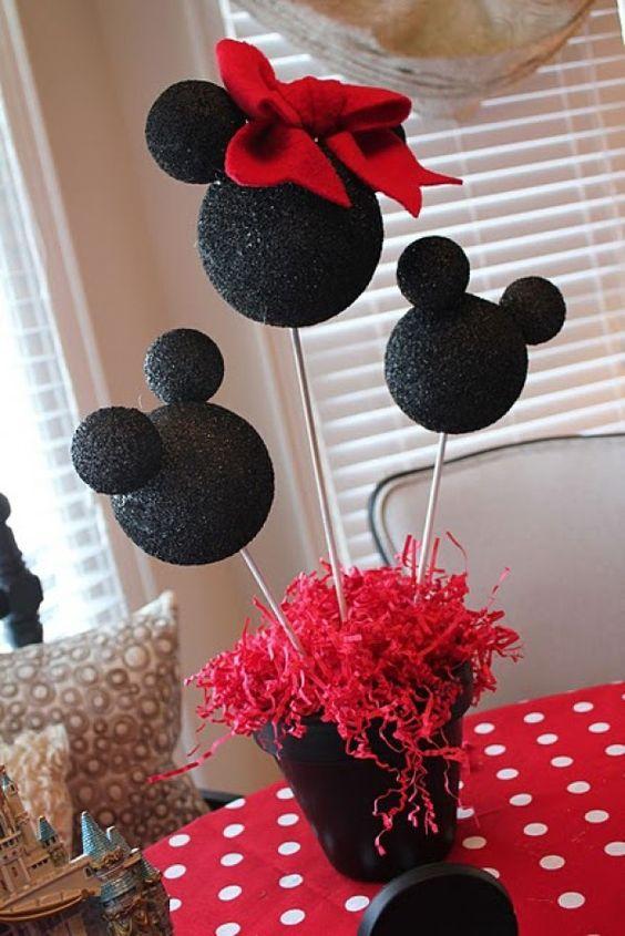 Como hacer Centro de mesa con globos para minnie roja