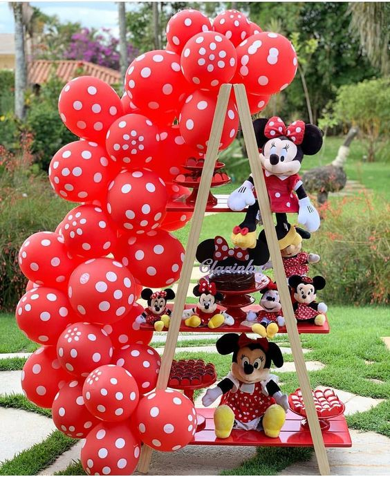 Decoración de minnie mouse sencilla