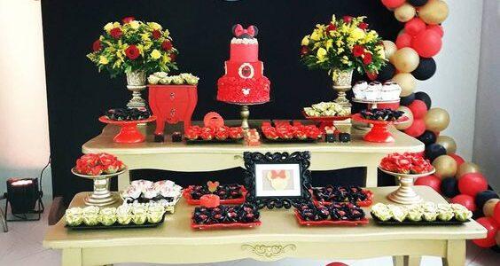 Fiesta temática de Minnie mouse Rojo con globos