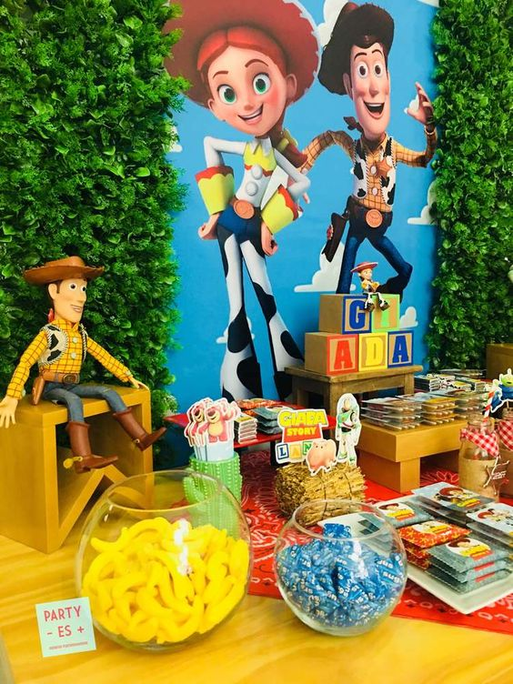Ideas Para Decorar Una Fiesta De Jessie De Toy Story Ideas