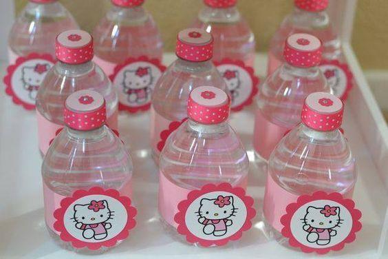 Mesa de dulces para Fiesta infantil de Hello Kitty