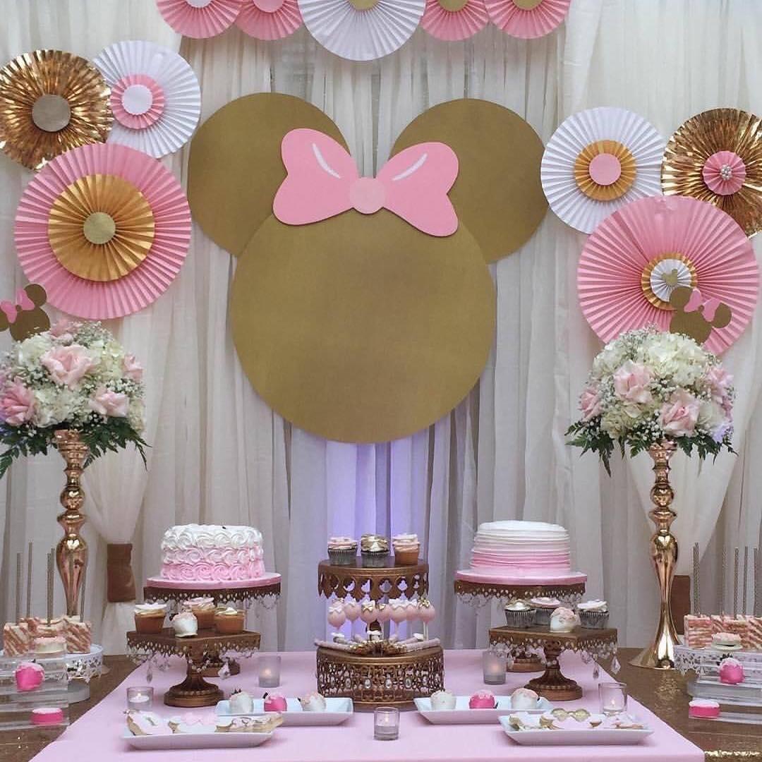 Decoracion de fiesta minnie mouse rosa y dorado