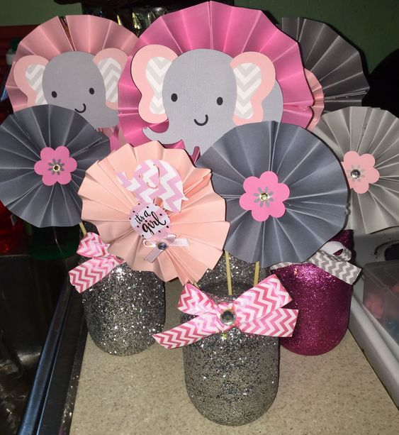 Centros de mesa sencillos baby shower elefante niña