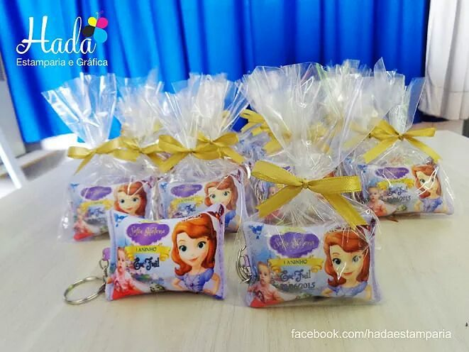 almohadas tipo souvenirs para regalar en fiesta de princesa sofia