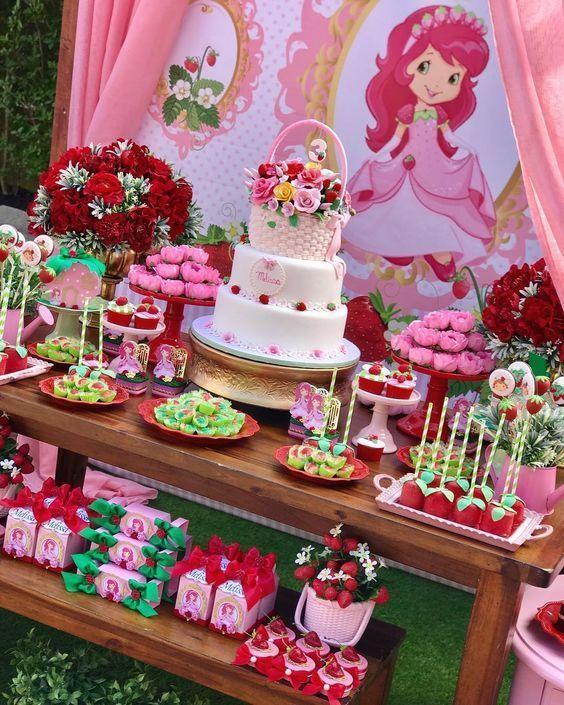 pastel para fiesta de rosita fresita
