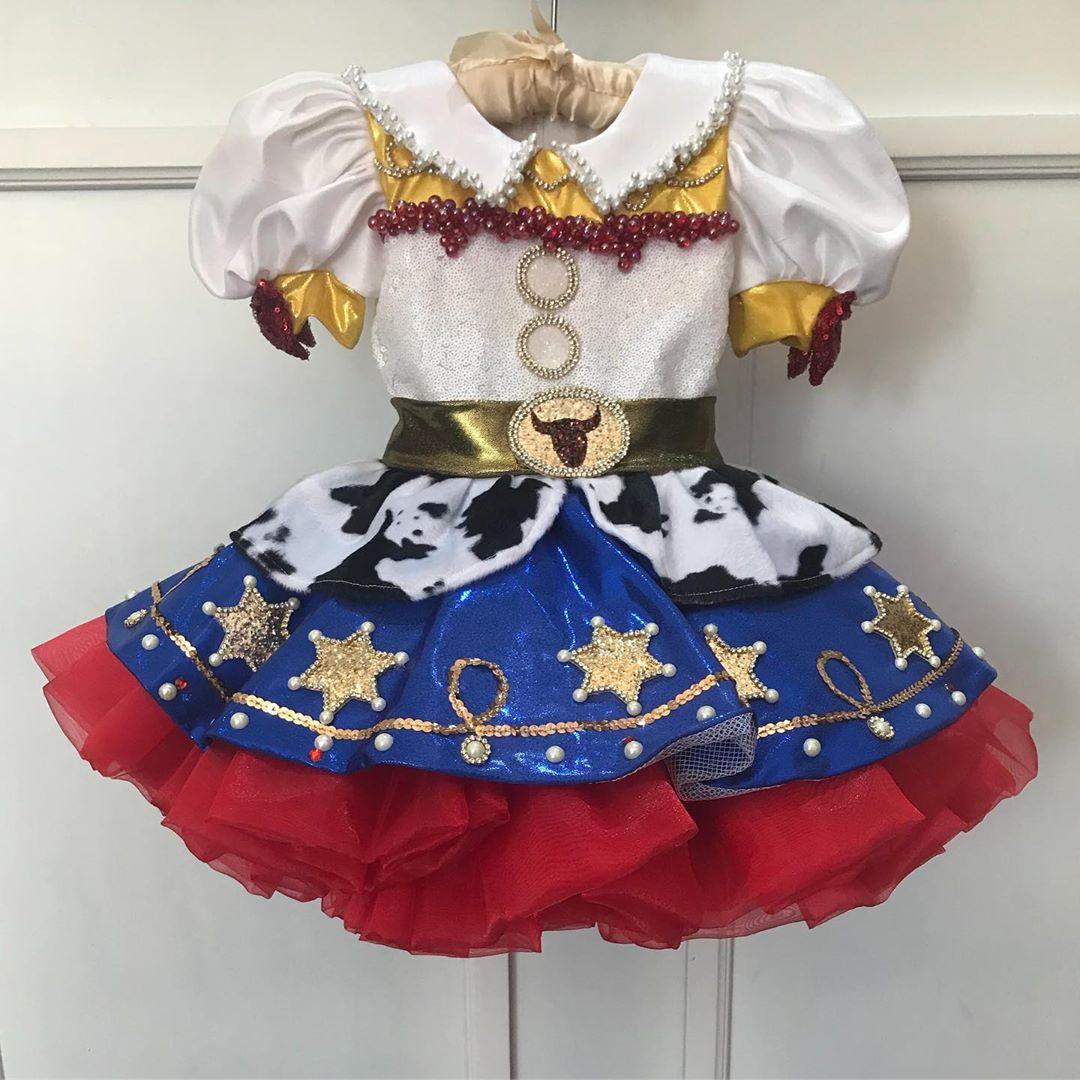 vestidos elegantes de disney para cumpleaños