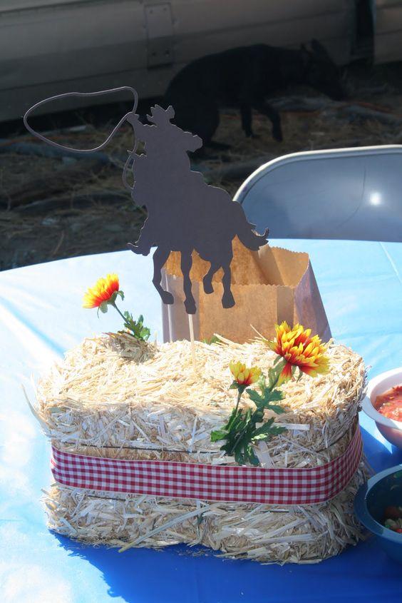 centros de mesa para fiesta de caballos