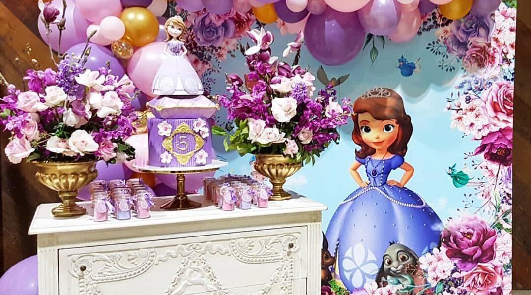como organizar una fiesta de princesita sofia